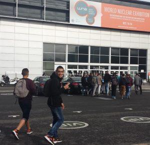 Etudiants de Bourgogne sur le salon WNE du Bourget - 16/10/2014